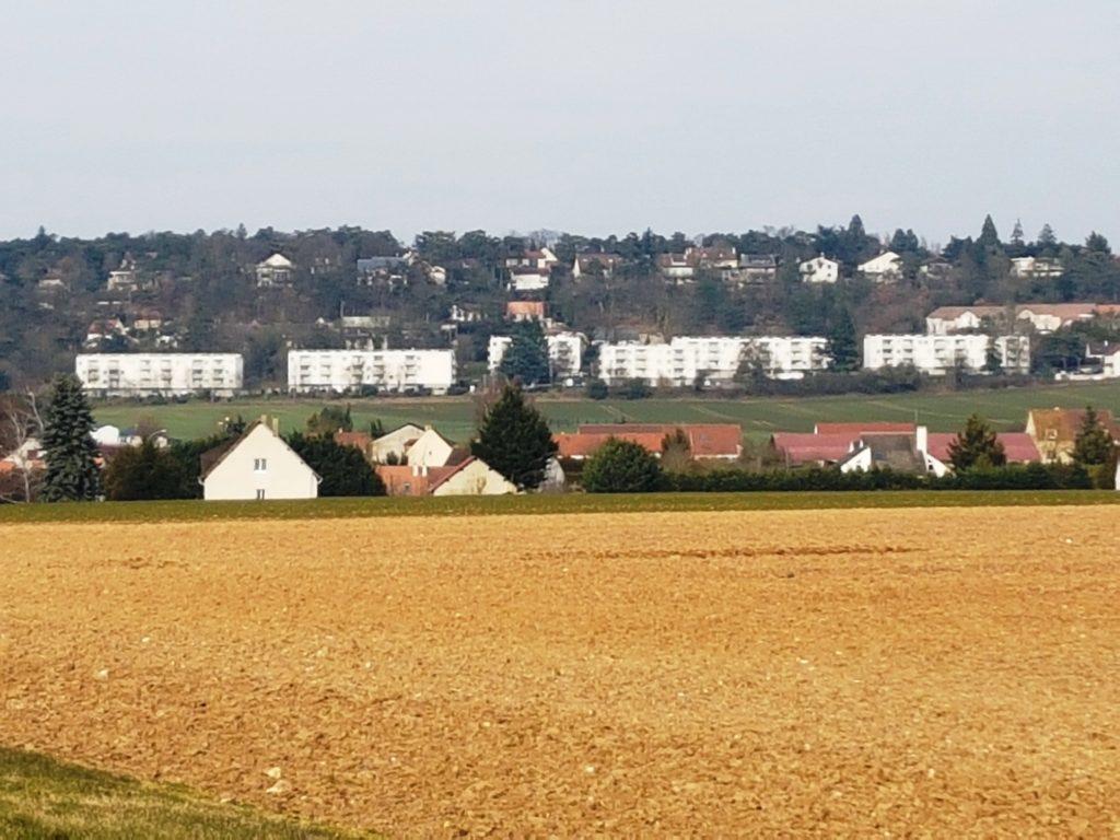 hlm-pierres-rangées