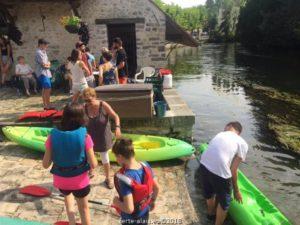 ferte-alais-canoe