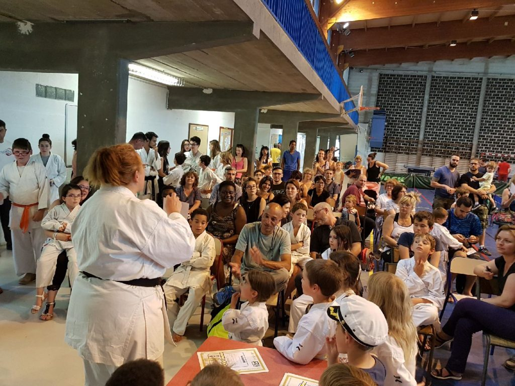 karate-remise-diplome-katia-merlen